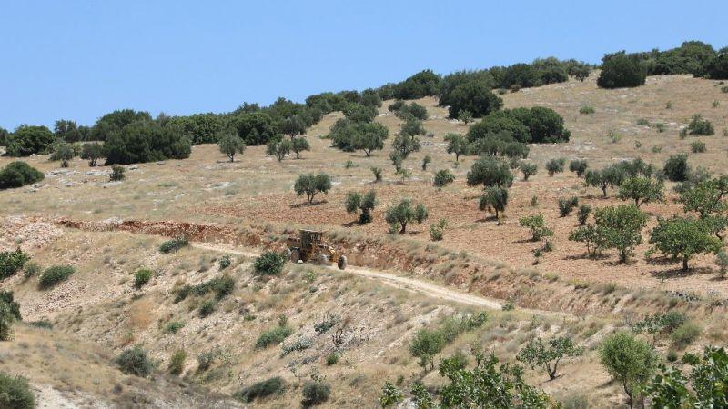 Arazi yolları Nizip Belediyesi ile güzelleşiyor