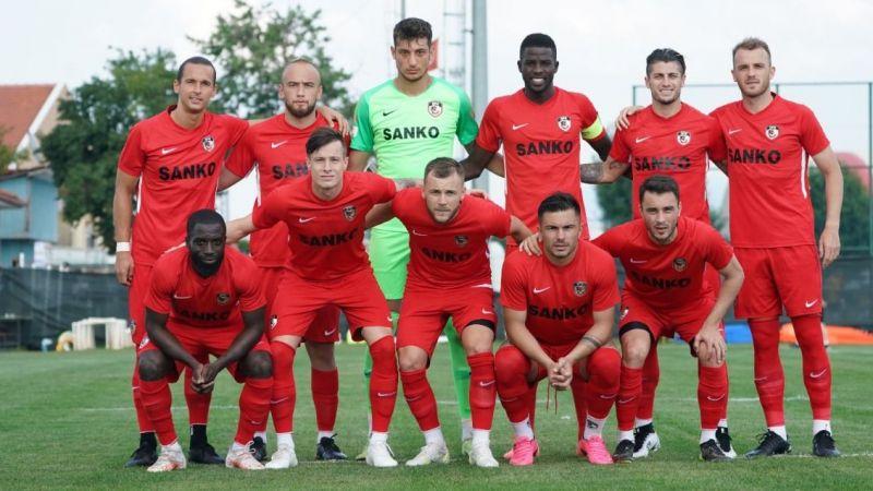 Rakip Adanaspor