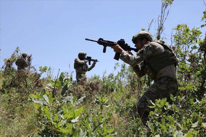 Fırat Kalkanı bölgesinde 4 PKK elemanı öldürüldü
