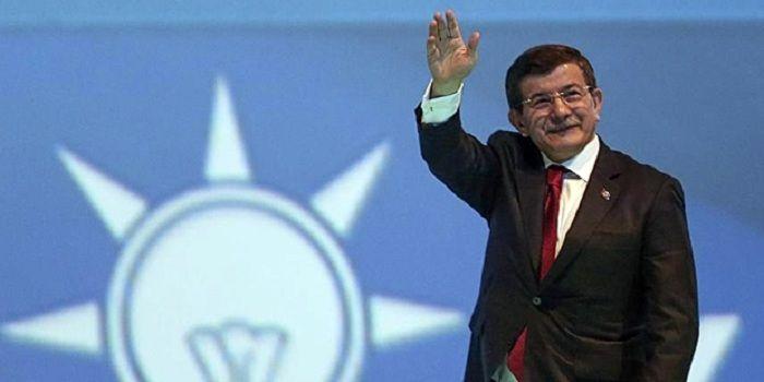 Star yazarı: AK Parti'de suçu başkasına atma çabası tüm katmanlara bulaştı