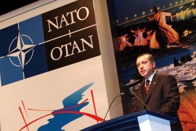 'Erdoğan'ın Türkiye'sini NATO'dan atma zamanı geldi'