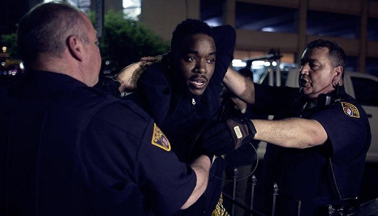 ABD mahkemesi, siyahların polisten kaçmasının meşru olduğu kararını verdi