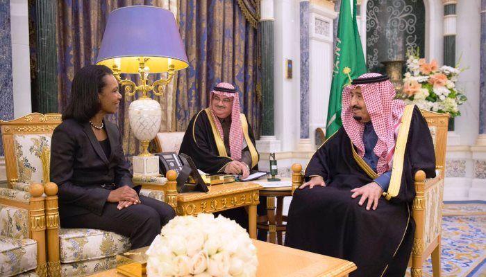 Suudi Kralı Selman, ''Türkiye dahil 22 ülkenin sınırları değişecek'' diyen eski ABD bakanı Rice'ı ağırladı