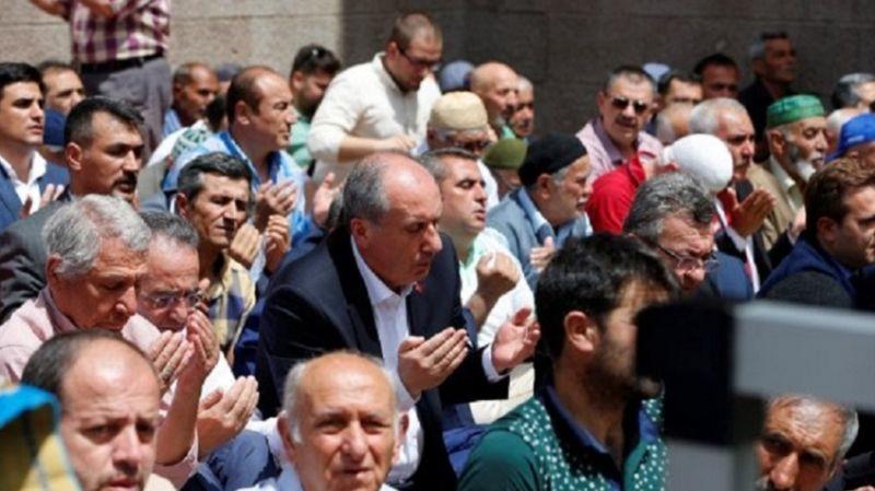 Muharrem Sarıkaya: Muharrem İnce, Cuma namazına Mehmet Bekaroğlu ile giderdi
