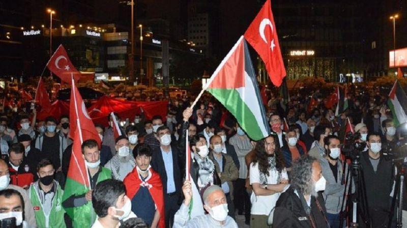 Muafiyet için daha güzel bir neden olamazdı: İstanbullular Siyonist konsolosluğa akın etti