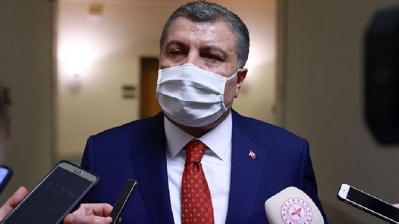 Fahrettin Koca: Aşı olanlar için maske zorunluluğu kalkabilir