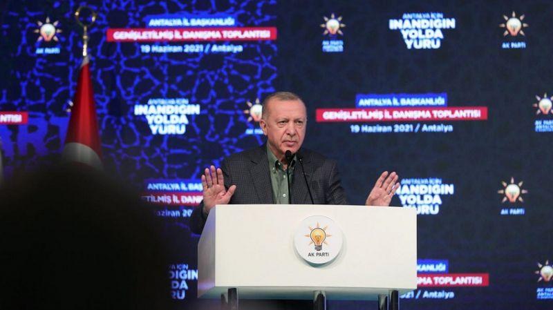 Cumhurbaşkanı Erdoğan: İzmir'deki provokatif saldırıyı kınıyoruz