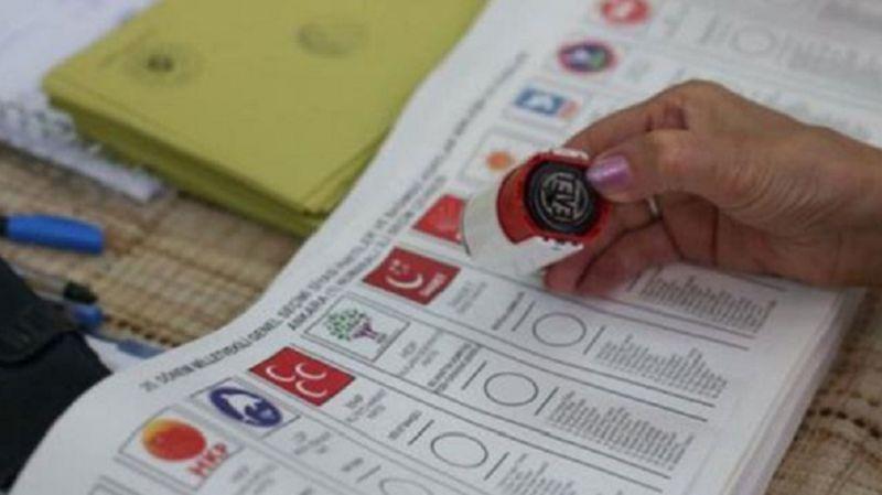 'Üçüncü ittifak muhtemel' diyen Abdulkadir Selvi, partileri sıraladı