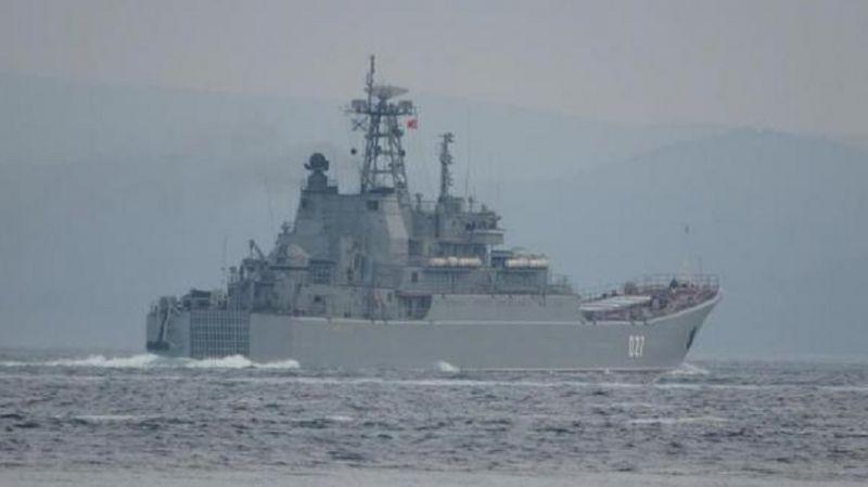 Rusya, İngiliz savaş gemisine ateş açtı