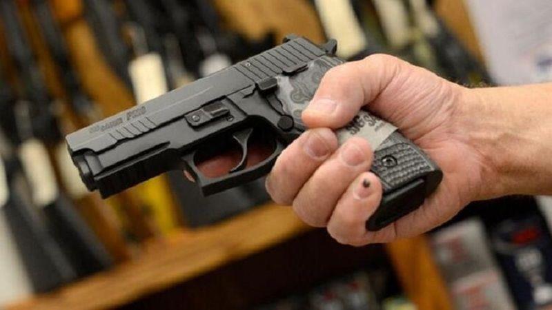 Ruhsatlı silah alabilecekler listesine yeni meslek grupları eklendi