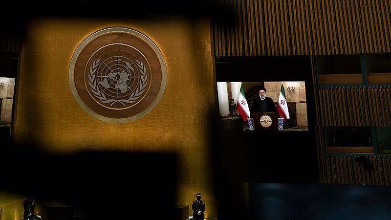 İran Cumhurbaşkanı: Amerika, Afganistan ve Irak'tan çıkmadı, çıkarıldı!
