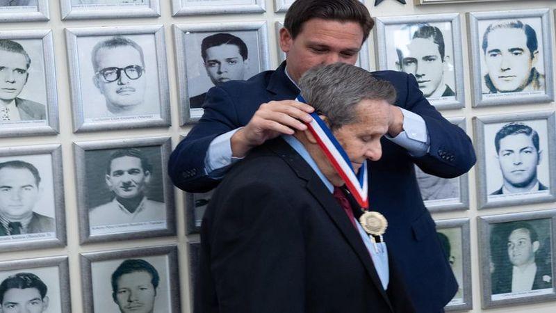 Che Guevara'nın katiline madalya
