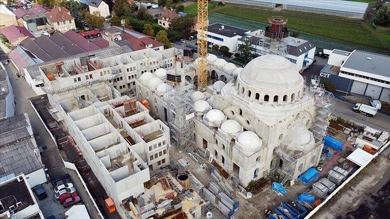 Fransa'da camiye tehdit mektubu: Burada İslam'a yer yok!
