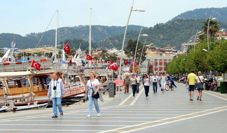 Turizm geliri ilk çeyrekte %11,4 azaldı