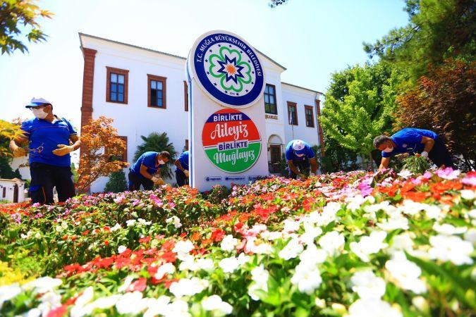 Büyükşehir Muğla'yı Renklendiriyor