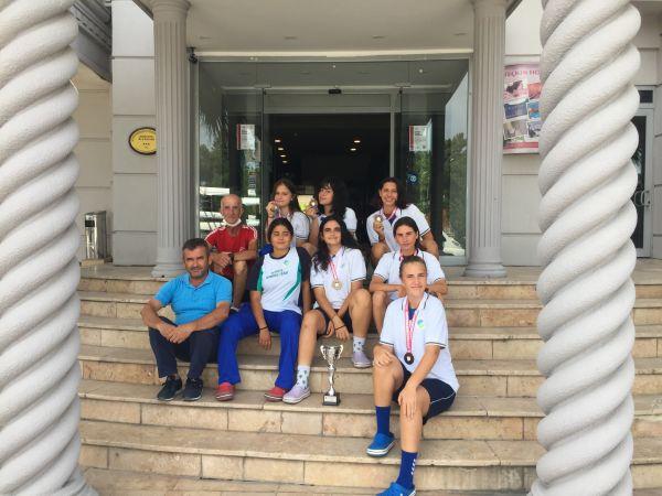 FETHİYE BELEDİYESPOR'UN KÜREKÇİLERİ SAPANCA'DAN BAŞARIYLA DÖNÜYORLAR
