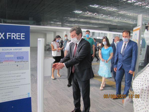 Muğla Valisi Orhan Tavlı İldeki Havalimanlarını Denetledi