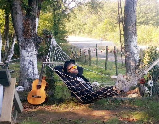 Atasoy'dan yeni bir şarkı, 'SEFERİ'