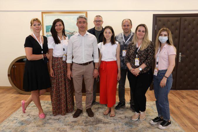 Oktay Romanyalı gazetecileri ağırladı