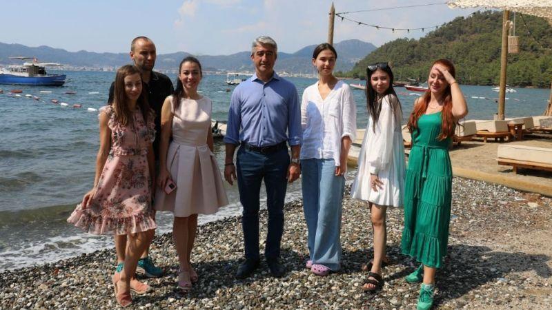 Rus fenomenler Marmaris'e hayran kaldı