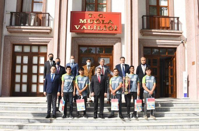 MUTEG EA  takımı Muğla Valisi Orhan Tavlı'yi ziyaret etti.