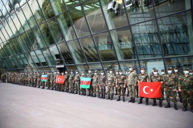 Azerbaycan Türkiye'ye 53 İtfaiye Aracı Gönderiyor!