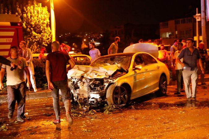 İzmir'de Feci Kaza! 1 Polis Şehit Oldu