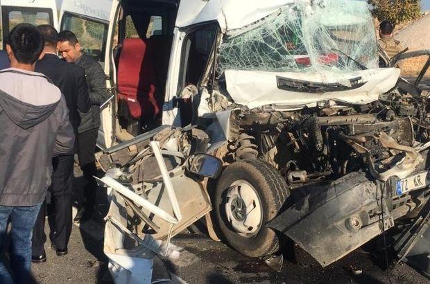 Mardin'de Trafik Kazası! Miibüs Motosiklete Çarptı