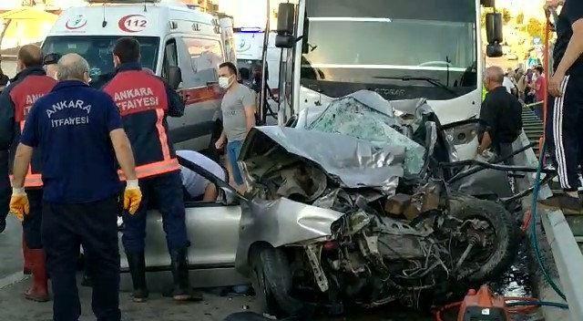 Ankara'da İnanılmaz Kaza! Servis Aracı ve Otomobil Çarpıştı! Ölü ve Yaralılar Var