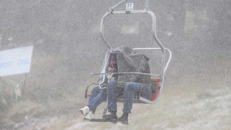Yılın İlk Kar Yağışı Haberleri Geldi: Yoğun Sis ve Tipiye Dikkat!
