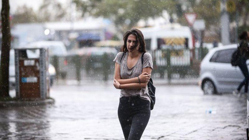 Yağmurda Saçı Kabaranlar Buraya! Sonbahar ile Gelen Yağmurlar Sinirinizi Bozmasın!