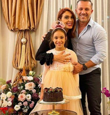 Zuhal Topal Doğum Gününü Kutladı! Kızına Yorum Yağdı!