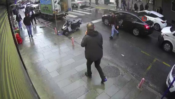 Akıl Almaz Olayın Adresi: İstanbul Kağıthane! 'Japon' Lakaplı Saldırgan, Güpegündüz Kurşun Yağdırdı!