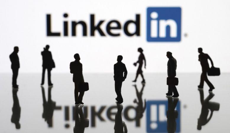 LinkedIn'e bir ülkeden daha yasak!