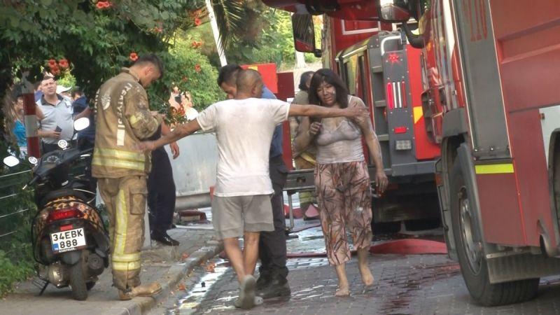 İstanbul'da Korkutan Yangın: 2 Kişi Yaralandı!