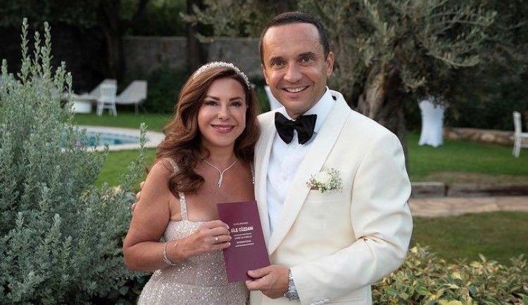 Aylin Livaneli ile Kaan Ünver dünya evine girdi!