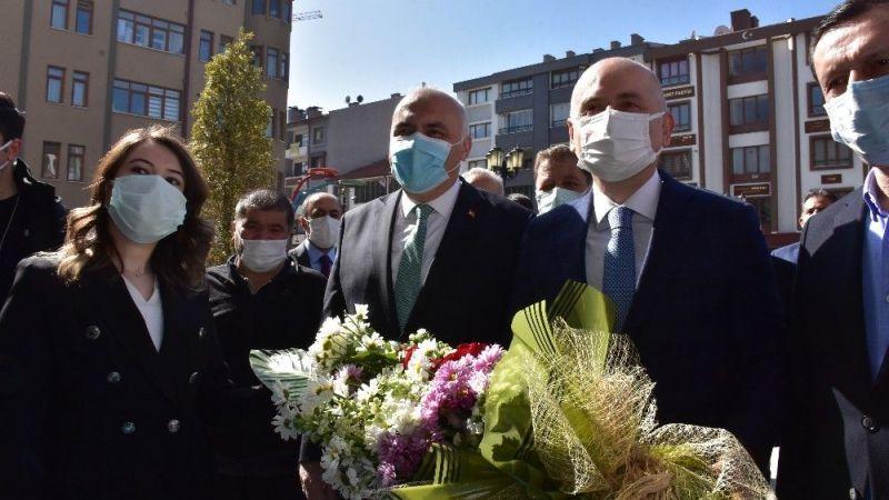 Bakan Karaismailoğlu esnaf ziyaretinde halkı dinledi