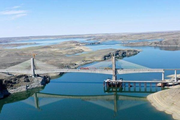 Xinjiang Uygur Özerk Bölgesi'nin yeni demiryolu hattı tamamlandı