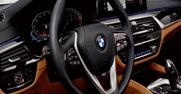 2021 BMW 5 Serisi modeller lüks tekne fiyatları ile yarışıyor!