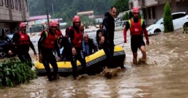 Arhavi sel felaketinde 576 kişi ve 4 köpek tahliye edildi