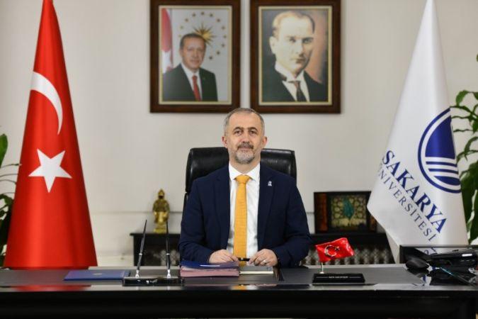 """Rektör Savaşan'ın """"24 Temmuz Gazeteciler ve Basın Bayramı"""" Mesajı"""