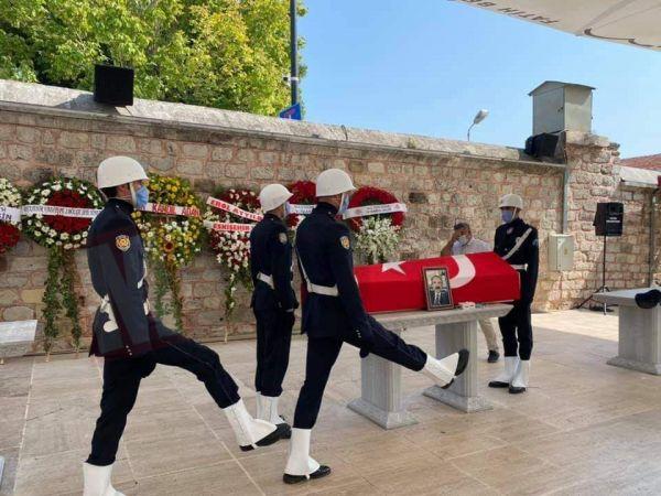 Vali Coş için cenaze töreni düzenlendi