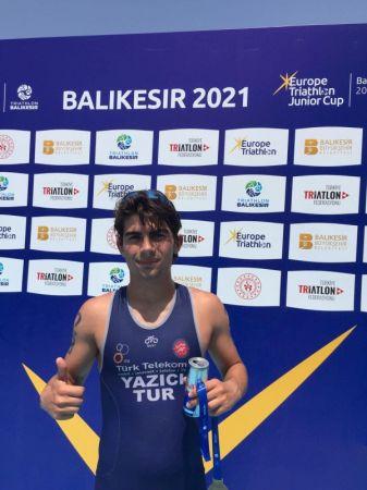 Sakaryalı Öğrenci Triatlon'da Türkiye Birincisi Oldu