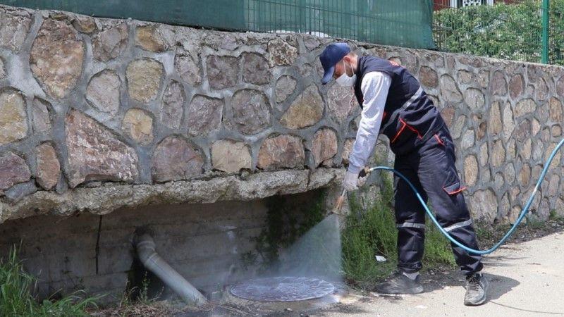 Serdivan Belediyesi ilaçlama çalışmalarını yaz boyu sürdürecek