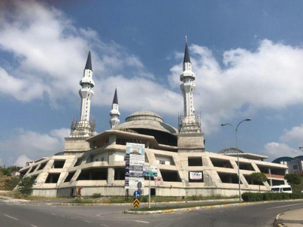 Şeyh Edebali Camii gelecek Ramazan 'da ibadete açılacak