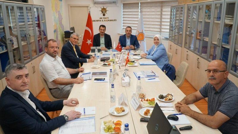 AK Parti Sakarya'da aylık istişare toplantısı gerçekleşti
