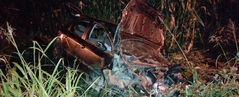 Takla atan otomobil mısır tarlasına devrildi: 4 yaralı