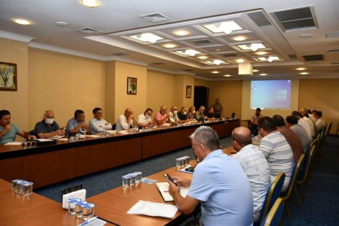 Müdürler Akyazı'da değerlendirme toplantısında buluştu