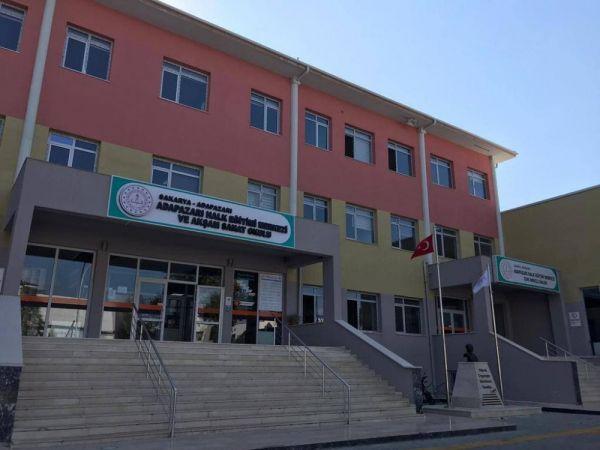 Adapazarı Halk Eğitim Merkezinden usta öğretici başvuruları duyurusu