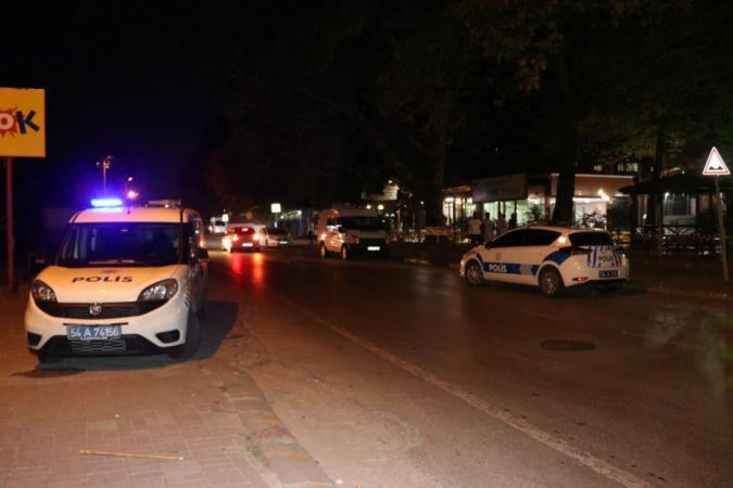 Aynı yerde bıçaklı ve silahlı iki farklı olay: 3 yaralı, 4 gözaltı